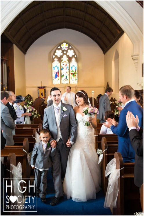 the-plough-hotel-llandeilo-wedding-of-alison-and-mark-006