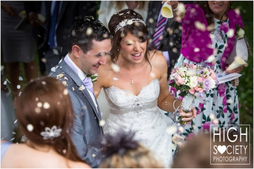 the-plough-hotel-llandeilo-wedding-of-alison-and-mark-009