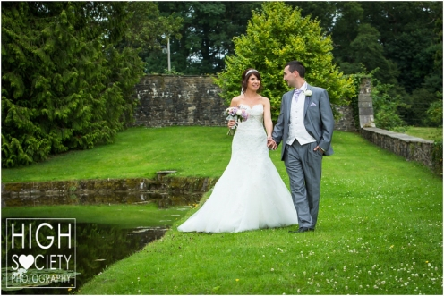 the-plough-hotel-llandeilo-wedding-of-alison-and-mark-015
