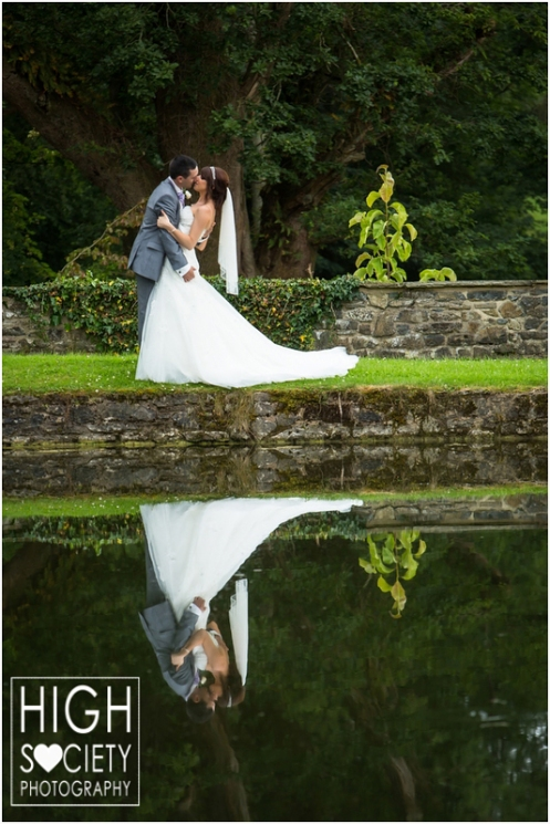 the-plough-hotel-llandeilo-wedding-of-alison-and-mark-017
